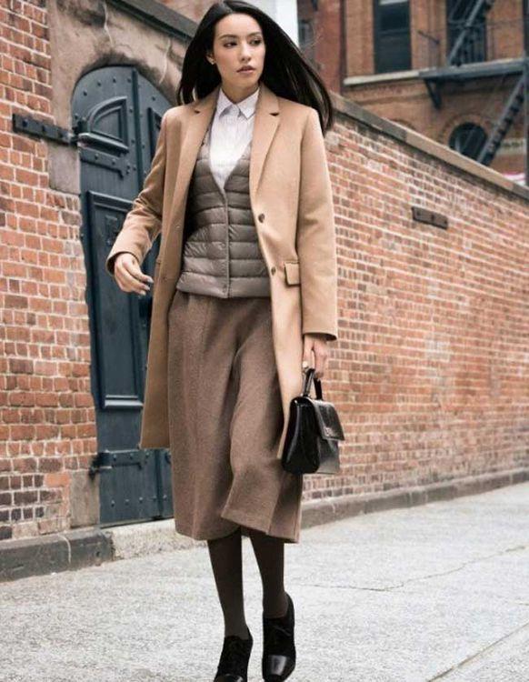 Какой цвет гармонирует с коричневым в одежде