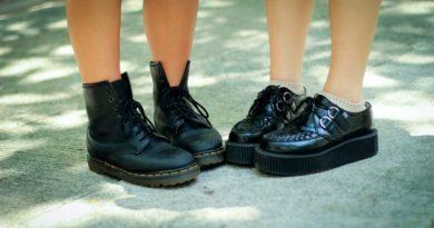 Как отмыть бензин с обуви