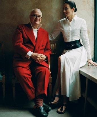 Manolo Blahnik поучаствовал в рекламной кампании Birkenstock.  Дизайнер и основатель известного люксового бренда обуви Маноло...