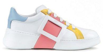Roger Vivier привлек французскую певицу Petite Meller к рекламе своих новых кроссовок.  Французский бренд обуви Roger Vivier ...