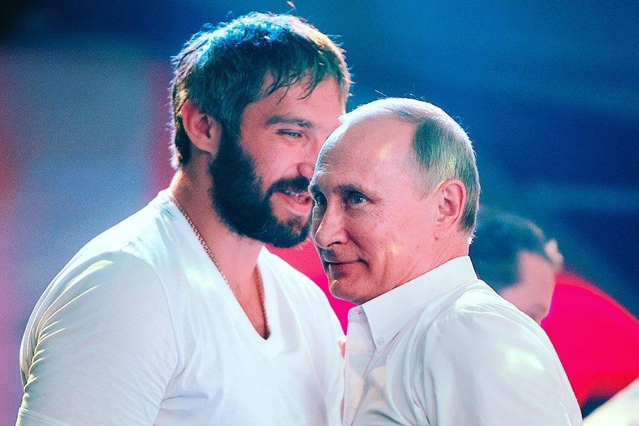 Вместо флагманского Christian Louboutin откроется Aizel x Team Putin.  На месте флагманского бутика французского люксового бр...
