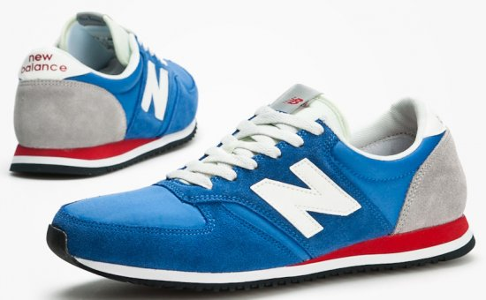 Кроссовки - обувь не только для спортсменов.