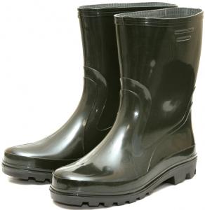 Резиновые сапоги – обувь для мокрой погоды